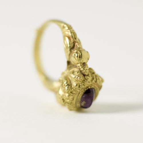 Antico anello birmano