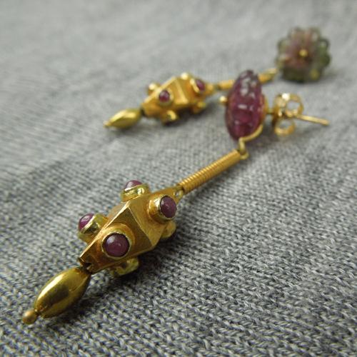 Orecchini tormalina e vecchio elemento in oro