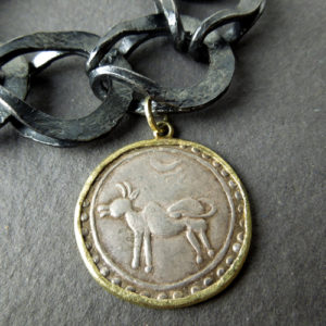 Bracciale con moneta birmana
