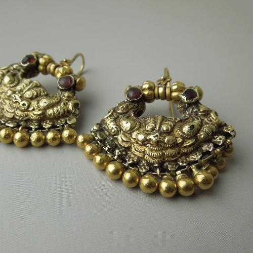 Antichi orecchini Indiani